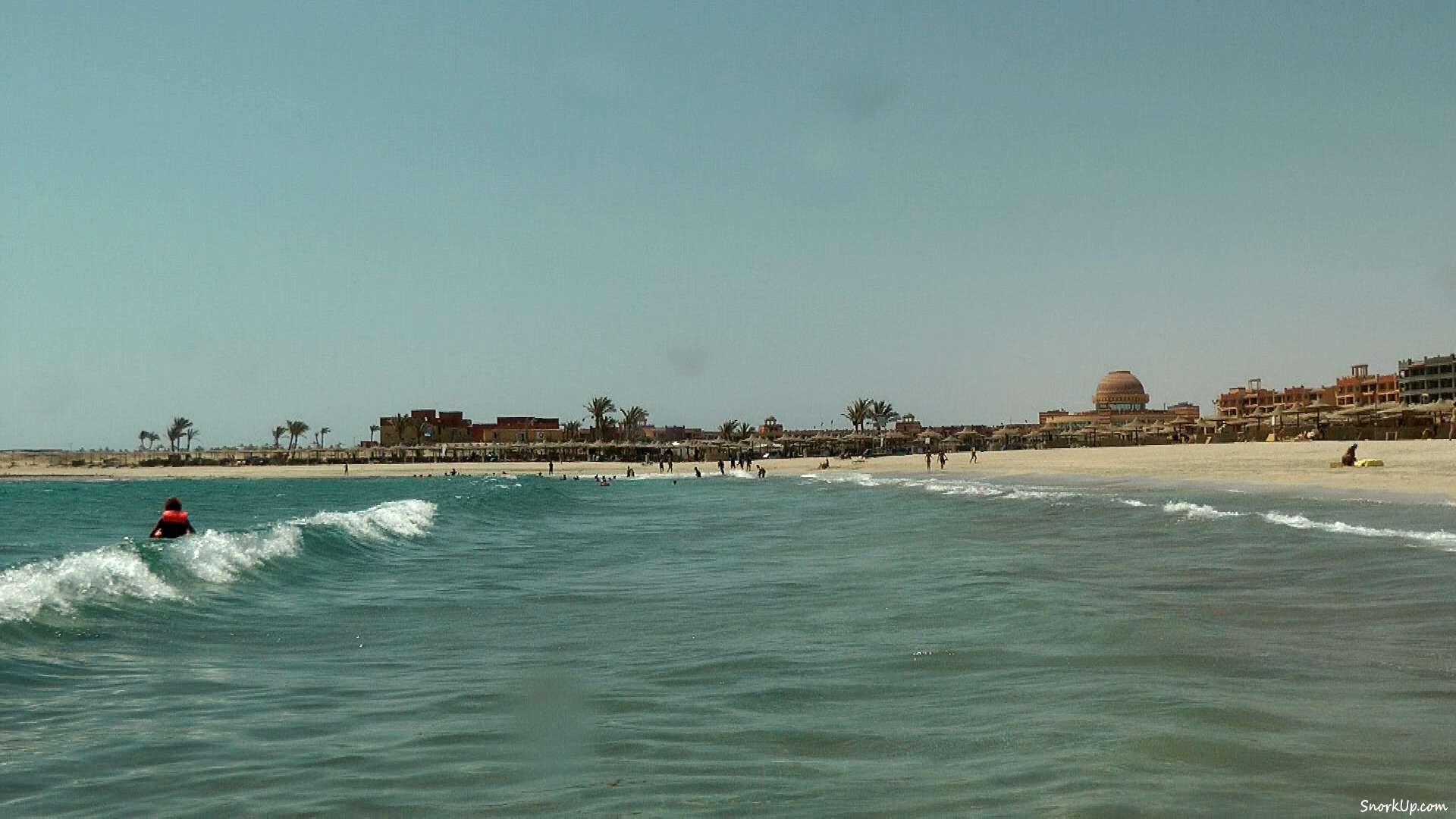 Пляж отеля Sol Y Mar Abu Dabbab.