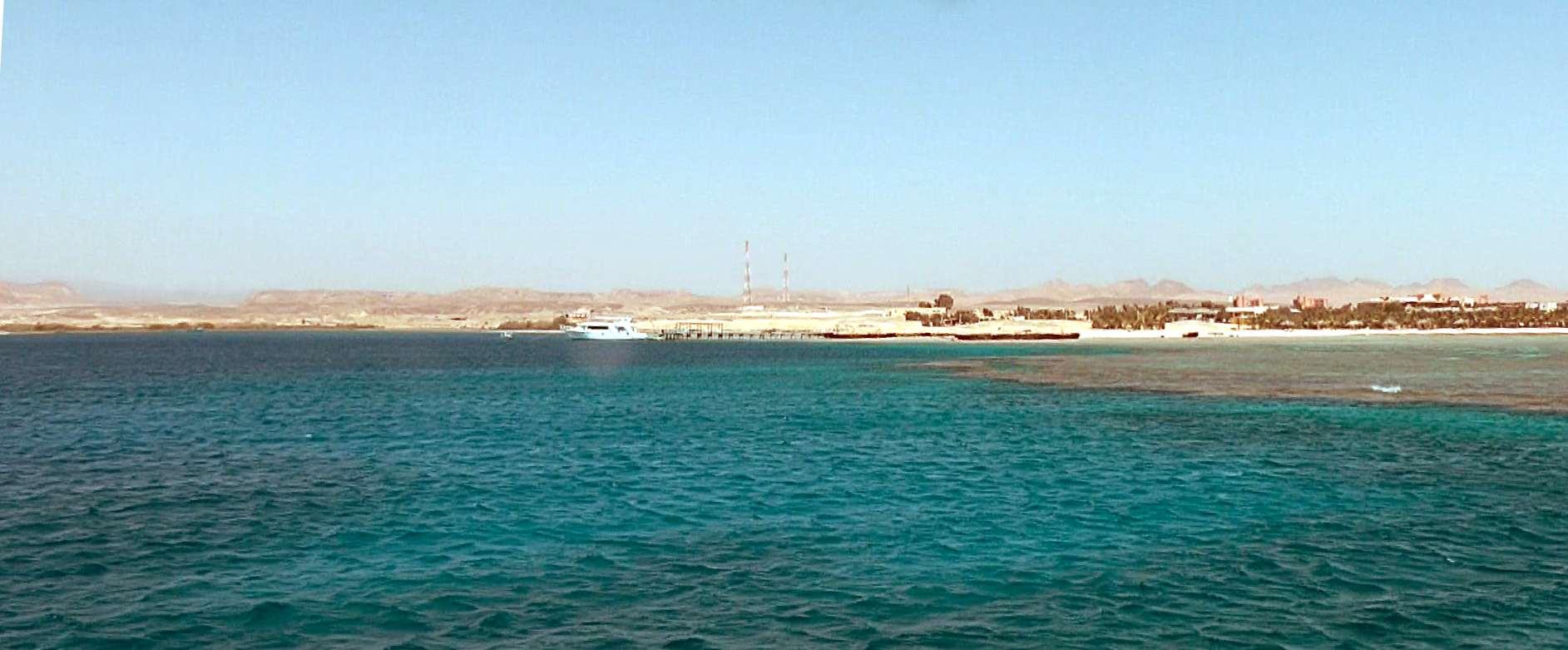 Бухта Мангров Бэй - вид с корабля